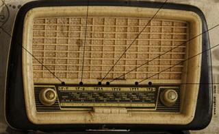 1335195164_radio_infographic_s